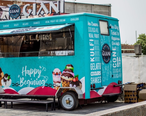 blue and pink food truck